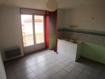 Location-3 pièces-Auvergne-HAUTE LOIRE-BOURNONCLE-ST-PIERRE